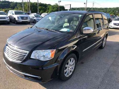 Used 2011 Chrysler Town & Country 4dr Wgn