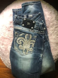 Miss Me Skinny Jeans Size 27