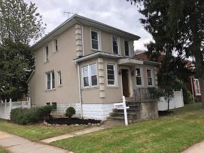 3 Bed 2 Bath Foreclosure Property in Linden, NJ 07036 - Knopf St