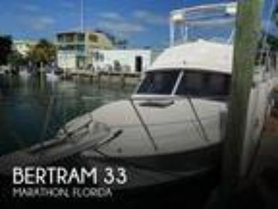 Bertram - 33 Flybridge Cruiser