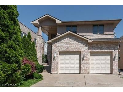 4 Bed 3.5 Bath Foreclosure Property in Niles, IL 60714 - W Harts Rd