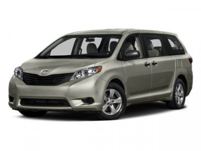 2015 Toyota Sienna LE 8-Passenger (Silver)