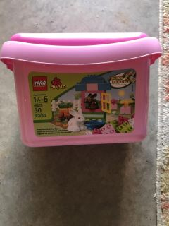 Lego Duplo set with book inside