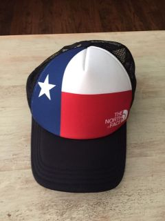 North Face mesh truck hat. TEXAS FLAG SnapBack new without tags