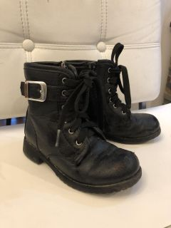 Toddler fashion boot - size 9T