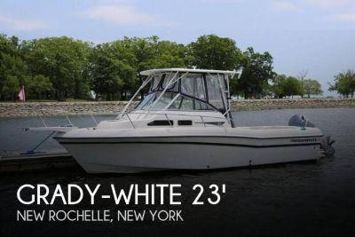 1999 Grady White 232 Gulfstream