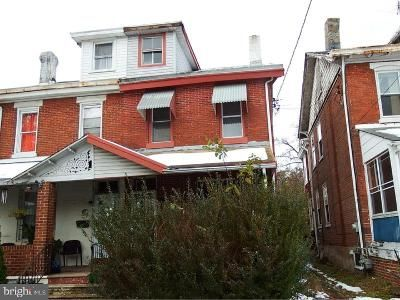 4 Bed 1 Bath Foreclosure Property in Norristown, PA 19401 - Stanbridge St