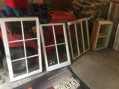 OLD VINTAGE WOOD WINDOWS $10 each Cash Only SAT AUG 18 Anytime ALL DAY Goodlettsville 250+ GREAT SIZES Message questions!