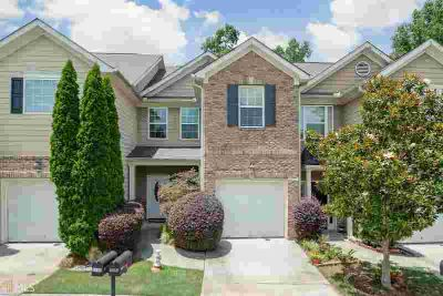 6412 Mossy Oak Lndg Braselton Three BR, Adorable townhome in the