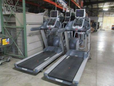 Precor 946i Treadmill w/ Cardio Theater RTR# 8123373-09