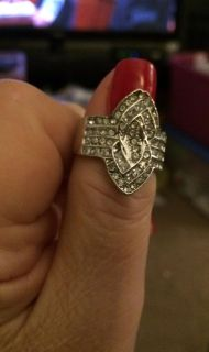 LADIES SILVER DINNER RING WHITE GEMSTONE SIZE 8 as is