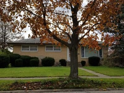 3 Bed 1 Bath Preforeclosure Property in Cleveland, OH 44144 - Rabbit Run Dr