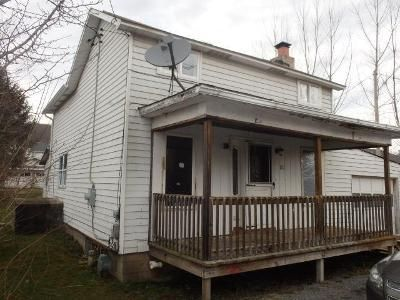 3 Bed 1 Bath Foreclosure Property in Robinson, PA 15949 - Chestnut St
