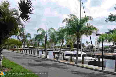 6495 Bay Club Dr 4 Fort Lauderdale Two BR, BOAT LOVERS!