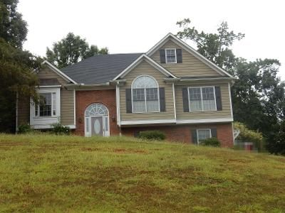 4 Bed 3 Bath Preforeclosure Property in Cartersville, GA 30120 - Planters Dr NW