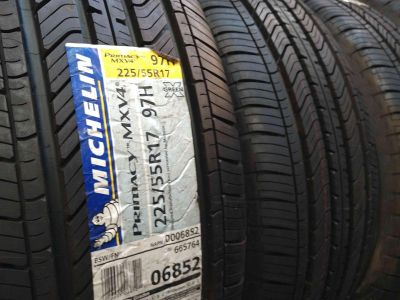 Set of 4 michelin tires NEW
