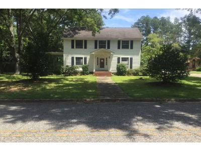 3 Bed 2 Bath Foreclosure Property in Fairmont, NC 28340 - Church St