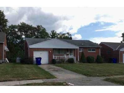 2 Bed 1.0 Bath Preforeclosure Property in Hamilton, OH 45013 - Kingston Dr