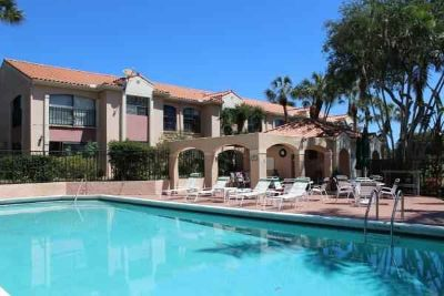 6050 Verde Trail S #406 Boca Raton Two BR, Fantastic Central