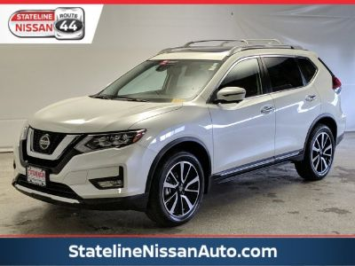 2019 Nissan Rogue S (Pearl White Tricoat)