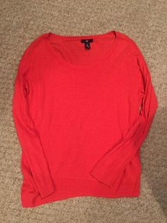 Gap long sleeve coral light weight sweater size M
