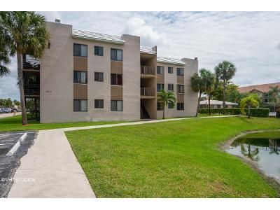 2 Bed 2 Bath Foreclosure Property in Fort Lauderdale, FL 33351 - N Pine Island Road 320