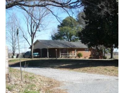 3 Bed 2 Bath Foreclosure Property in Dyersburg, TN 38024 - Sorrell Chapel Loop