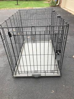 Dog Crate in very good shape