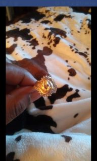 Beautiful 10k solid gold cocktail ring