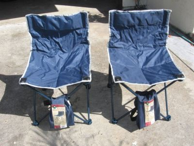 2 collapsable chairs