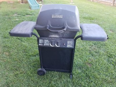 Master Forge 2 burner LP gas grill in Loxley