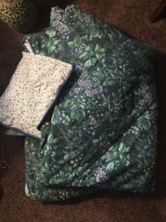 King Size Comforter with Bed Skirt and 2 Shams