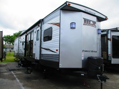 2019 Forest River Wildwood DLX 4002Q