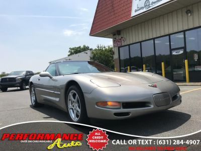 2000 Chevrolet Corvette Base (Light Pewter Metallic)