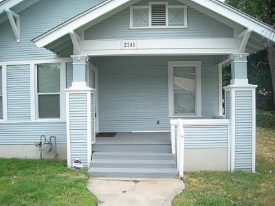 $800, 2br, 2 beds 1 bath 1,086 sqft