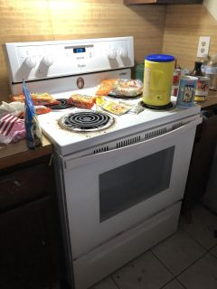 electric stove more details below HAS POWER CORD!!