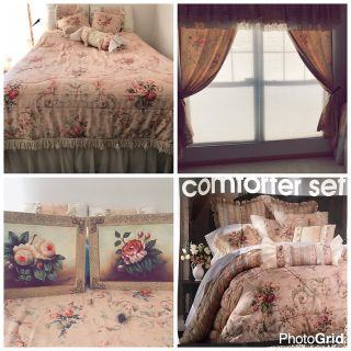 Printed Matelasse Comforter set. 13 piece total. Including 2 matching picture frames