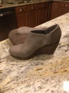 Dr Scholl s Harlow Taupe size 8.5