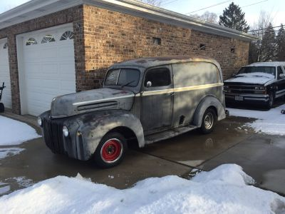 1946 FORD PANEL TRUCK RAT ROD