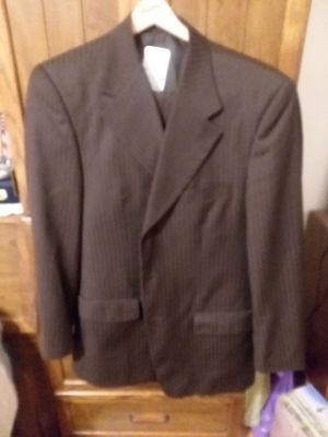 Man's Brown Satin Look Giorgio Ferraro Suit Jacket size 40R Pants size 34 x 28 cuffed pants excellent used condition