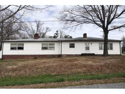 3 Bed 2 Bath Foreclosure Property in Thomasville, NC 27360 - Bethlehem Ave