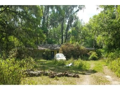 4 Bed 2 Bath Foreclosure Property in High Springs, FL 32643 - Old Bellamy Rd