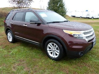 2012 Ford Explorer XLT (Dark Pearl Blue Metallic)