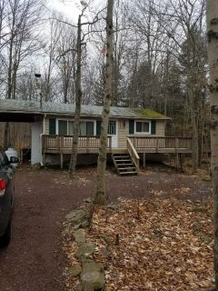 2 bedroom in Pocono Lake
