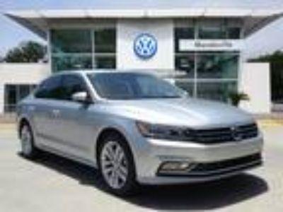 2018 Volkswagen Passat Silver, new