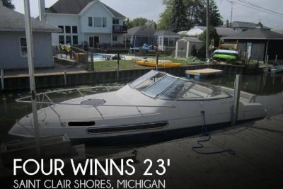 1994 Four Winns 238 Vista