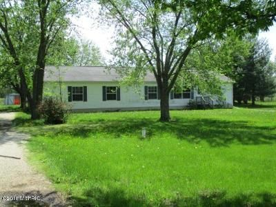 4 Bed 3 Bath Foreclosure Property in Albion, MI 49224 - H Dr N