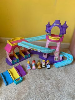 Fisher Price Klip Klop Castle! With sounds and extras
