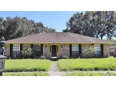 3 Bed 2 Bath Foreclosure Property in Baton Rouge, LA 70816 - Doral Dr