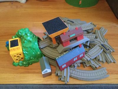 Thomas and friends train tracks